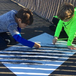 kids working with light and shadow