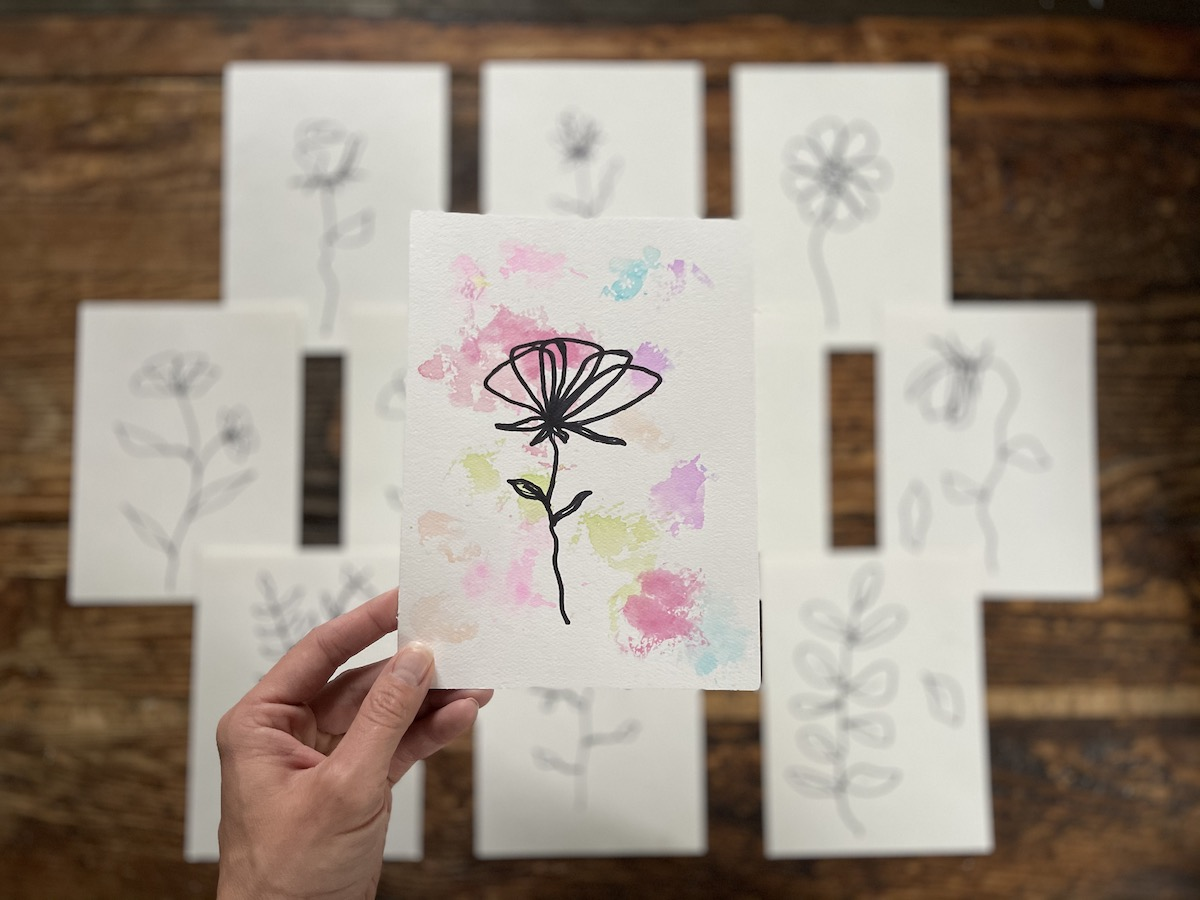 Contour flower with watercolor background